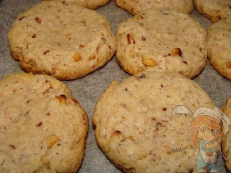 Печенье с орехами без молока и масла
