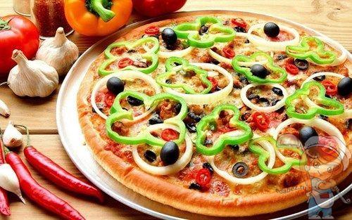 Пицца рецепт с оливками с сыром и колбасой