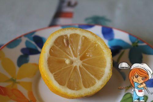 Несколько капель лимонного сока