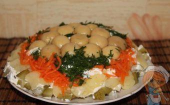 Салат без мяса грибная поляна