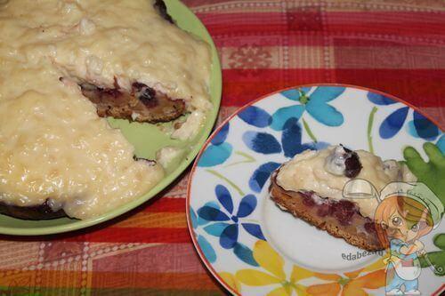 Кусочек пирога с заварным кремом