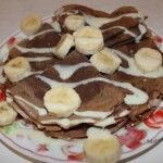 Шоколадные блины с бананом и шоколадом