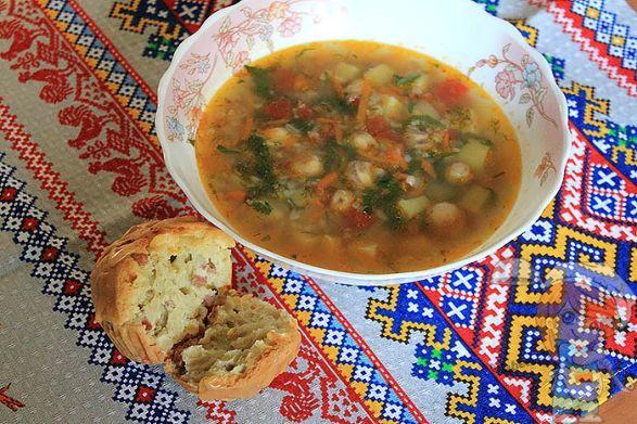 Суп с гречкой без мяса с грибами
