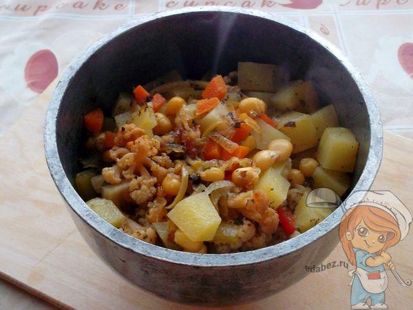 Готовые овощи в горшочке