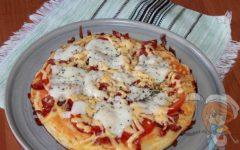 Пицца без дрожжей на сковороде