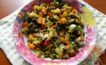 Салат с жареным перцем
