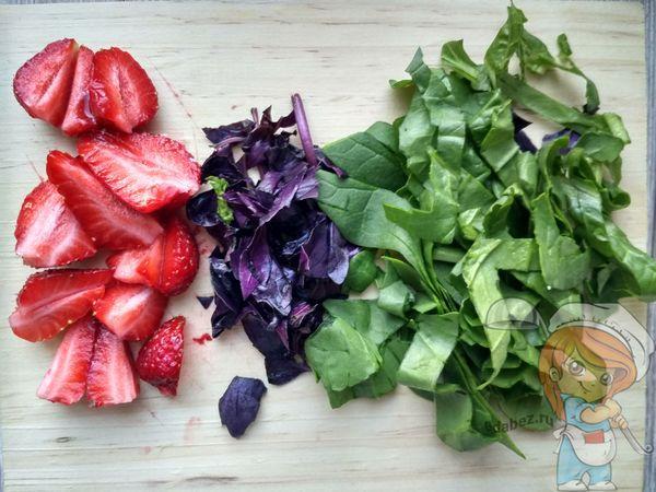 Нарезаем фрукты и овощи