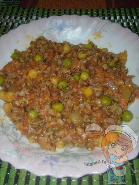 Каша из гречки с овощами