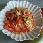 Салат из томатов и сельдерея