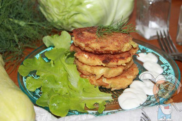 Котлеты из капусты и кабачков