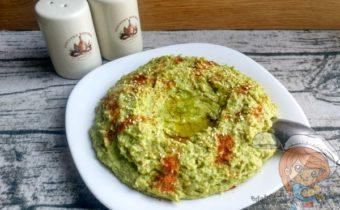 зеленый хумус