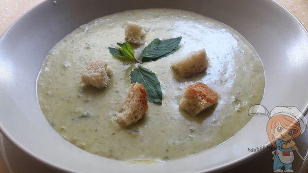 Суп пюре из зеленого гороха