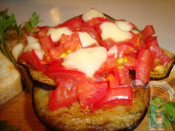 горячий бутерброд с томатами