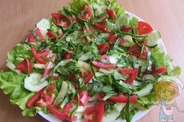 Выкладываем в салат