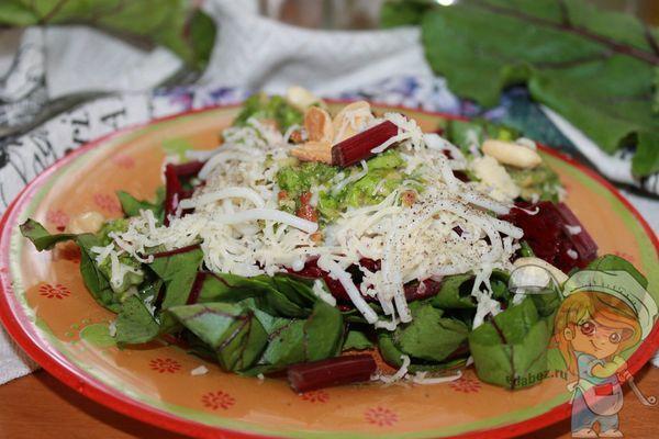 Ботва свеклы в салате