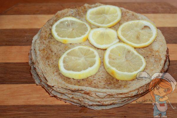Украшаем блинный торт лимоном