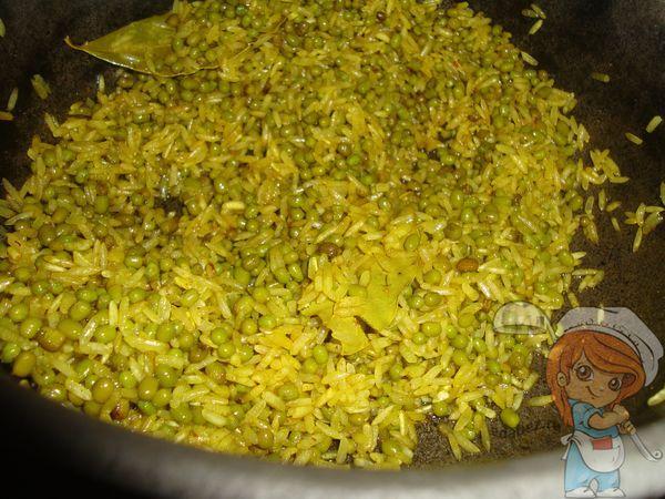 Перемешиваем рис и маш