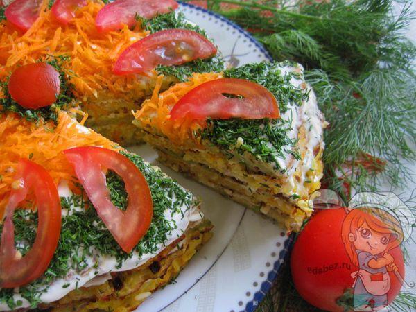 кабачковый торт с сыром и чесноком