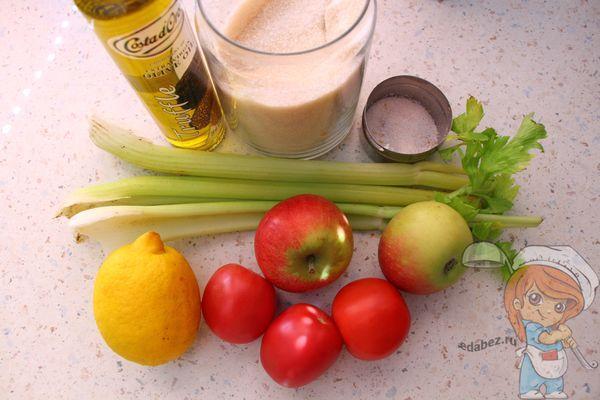 Продукты для полезного салата с сельдереем
