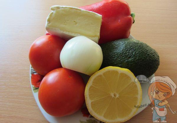 продукты для салата с авокадо и сыром
