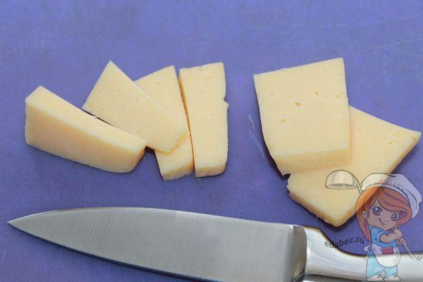 Сыр брусочками