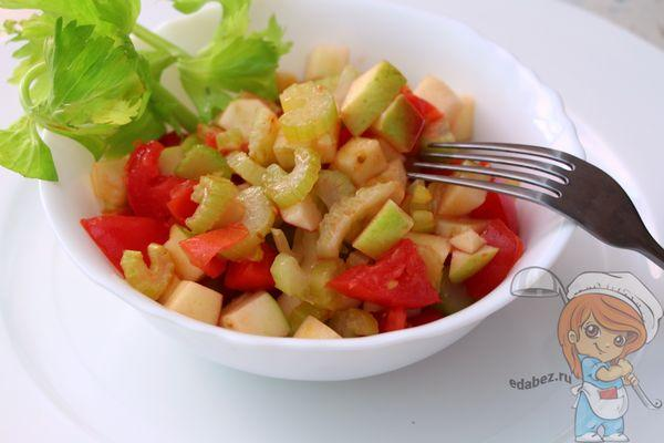 Вкусный салат из сельдерея