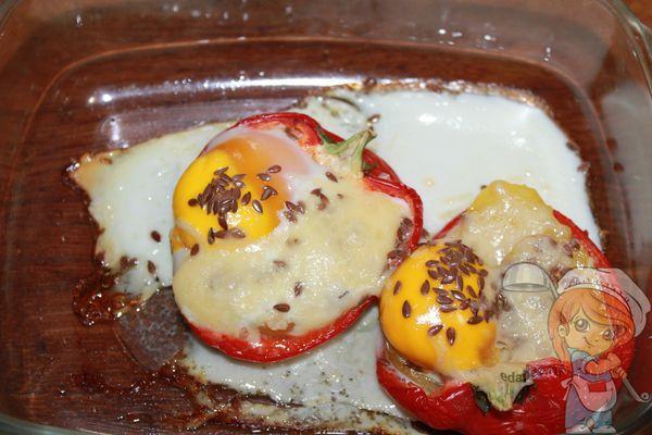 перец фаршированный яйцом