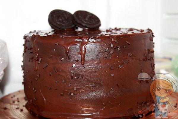 Украшаем торт печеньем