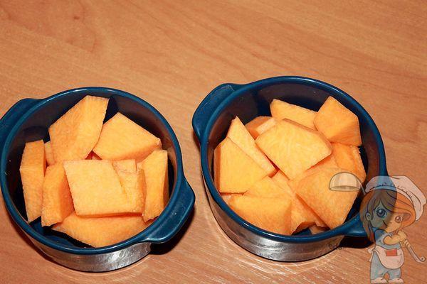 кусочки тыквы в горшочках