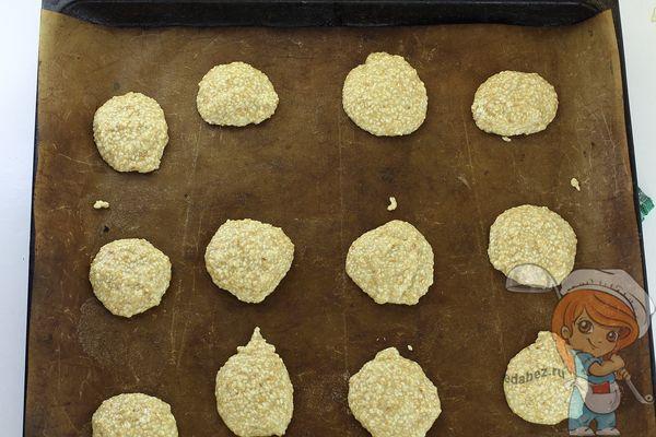 печеньки на противне