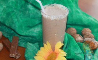 шоколадный протеиновый коктейль