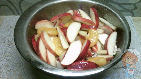 яблоки с мандаринами