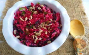 Салат из свеклы с черносливом веганский рецепт