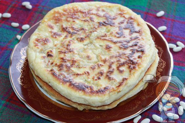 Грузинский пирог лобиани