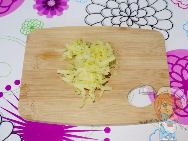 натираем вареный картофель