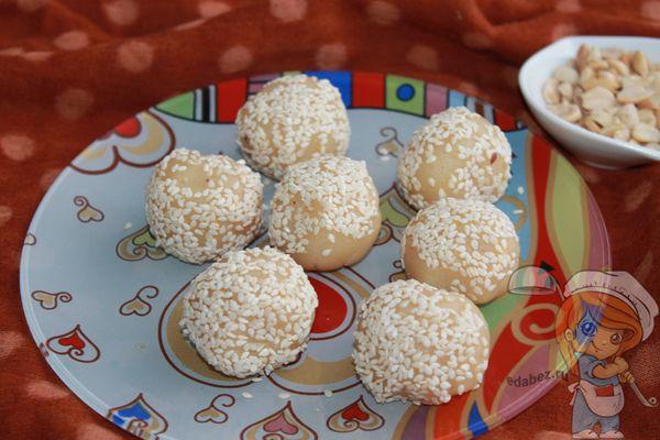 молочная узбекская халва с орехами