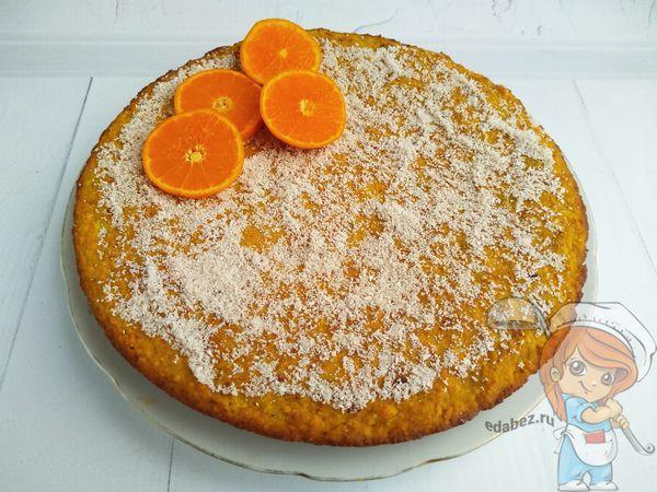 Украшаем пирог без сахара и без глютена
