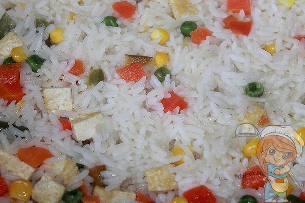 рис с тофу и овощами - рецепт с фото