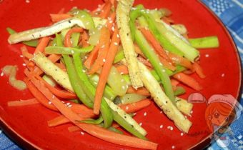 теплый салат с кабачками и тофу - рецепт с фото