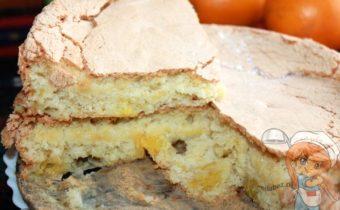 Шарлотка с апельсинами - рецепт с фото