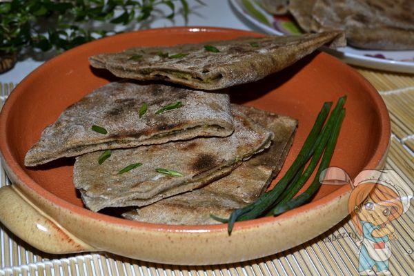Ржаные лепешки, приготовленные на сковороде