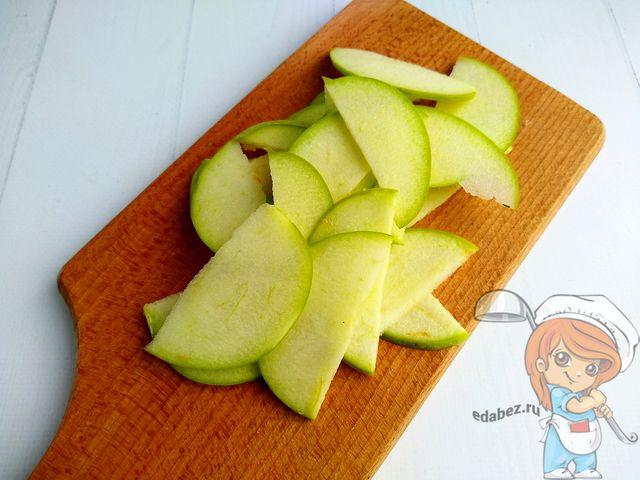 Яблоко слайсами