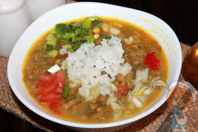 Мазур дал - суп из чечевицы и риса
