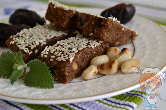 Вегетарианские  энергетические батончики. Источник антиоксидантов, белков и витаминов!