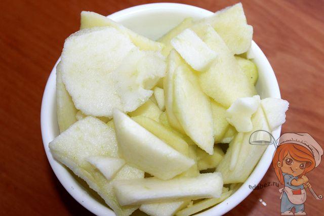 Яблоки ломтиками