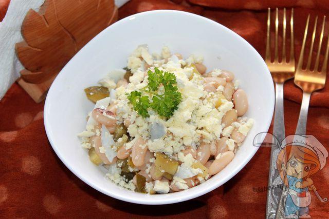 Салат с фасолью и огурцом - простой вкусный рецепт