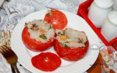 Фаршированные помидоры в духовке: рецепт с фото