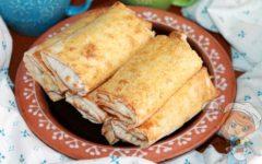 Пирожки из лаваша с яйцом - рецепт с фото