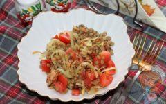 Салат с чечевицей - вкусный простой рецепт