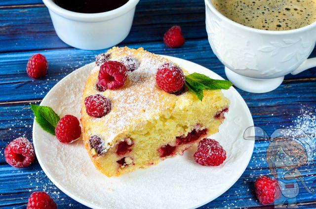 Рецепт домашнего пирога с малиной